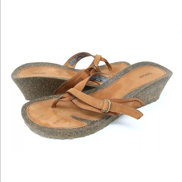 70616687ccb1f Teva Brown Nubuck Leather Thong Wedge Sandals 4129.  M 5b8332d3800dee48c43f2be9